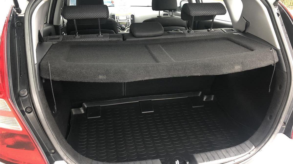 Hyundai-i30-2012-4