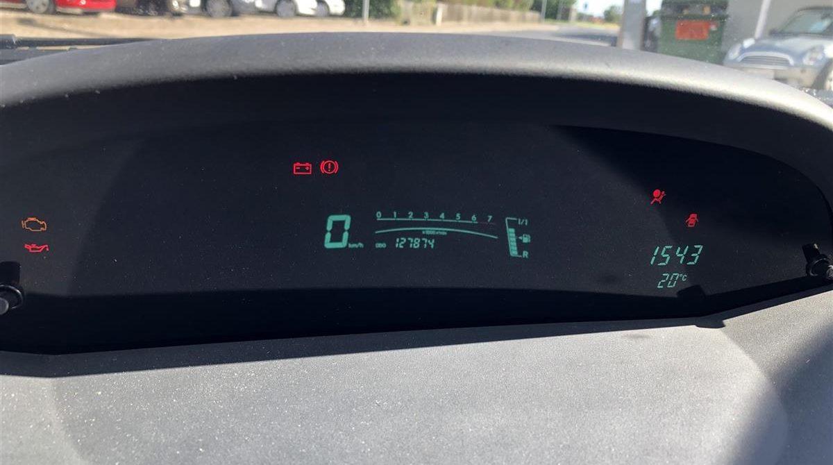 Toyota-Aygo-2013-3